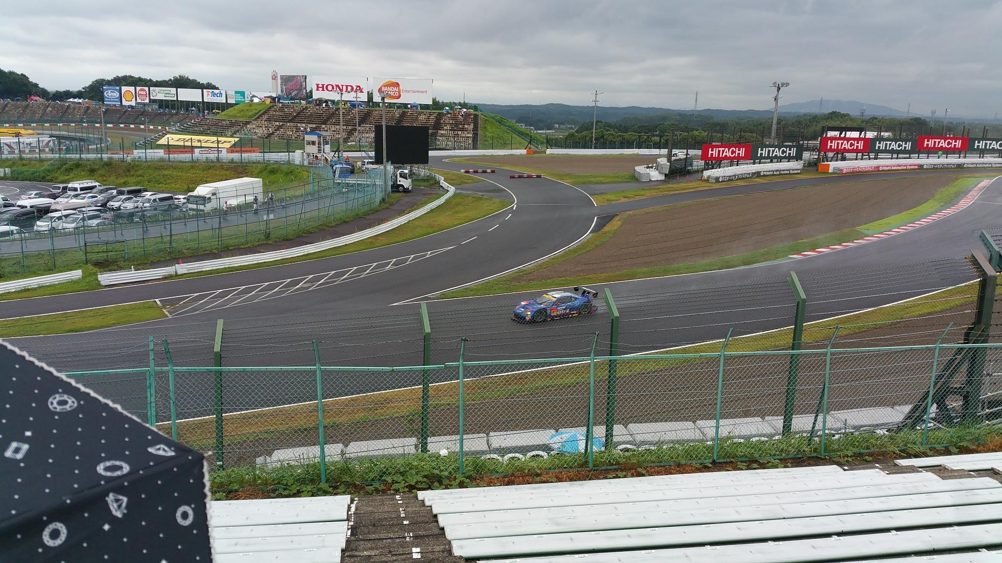 鈴鹿サーキット最終コーナー